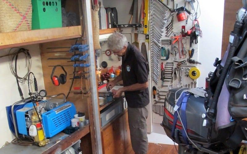 atelier technique du voilier scientifique Antsiva à Madagascar